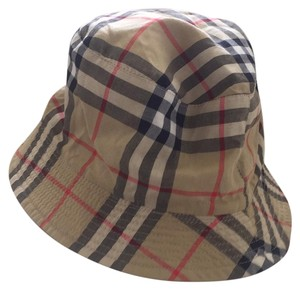 Burberry bucket hat from Burberry