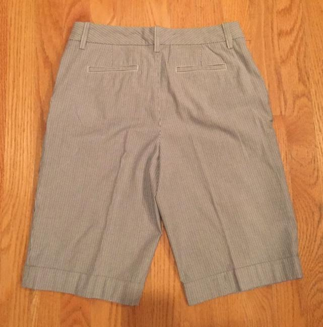 Banana Republic Bermuda Shorts Grey / White