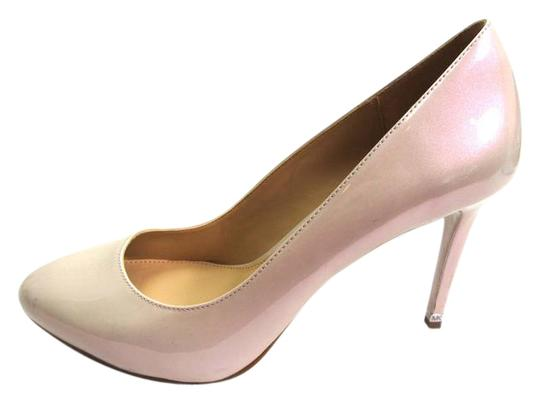 Preload https://item4.tradesy.com/images/michael-kors-beige-pearlized-patent-leather-pumps-size-eu-39-approx-us-9-regular-m-b-21564923-0-2.jpg?width=440&height=440