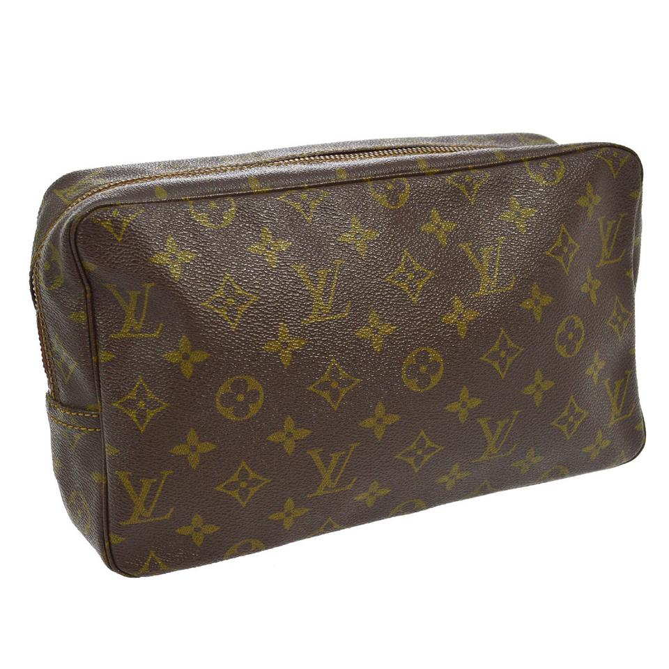 louis vuitton sale cosmetic bag 58 off retail. Black Bedroom Furniture Sets. Home Design Ideas
