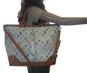 Louis Vuitton White Bags - Up to 70% off at Tradesy 7825c497d4b2e