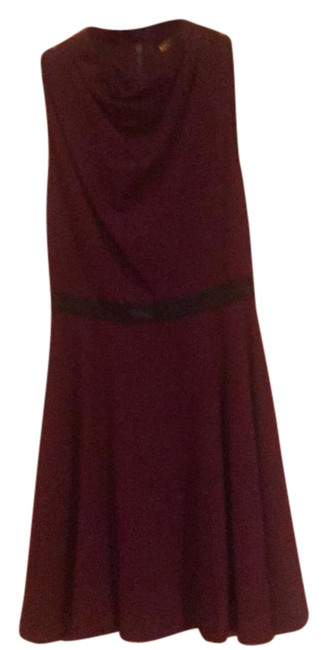 Preload https://item2.tradesy.com/images/alice-olivia-maroon-with-black-leather-belt-and-mid-length-workoffice-dress-size-2-xs-21565766-0-2.jpg?width=400&height=650