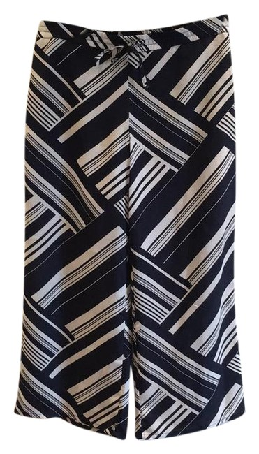 Preload https://item2.tradesy.com/images/liz-claiborne-navy-petite-palazzo-wide-leg-pants-size-16-xl-plus-0x-21566236-0-2.jpg?width=400&height=650