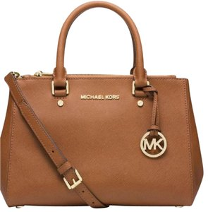 Michael Kors New With Tags Sale Saffiano Satchel in Luggage