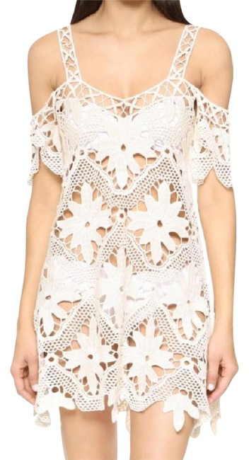 Preload https://item5.tradesy.com/images/for-love-and-lemons-white-and-cover-upsarong-size-8-m-21566499-0-2.jpg?width=400&height=650