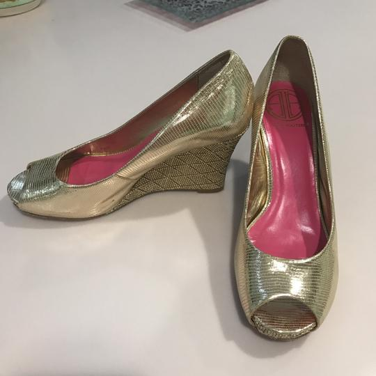 Lilly Pulitzer gold Wedges
