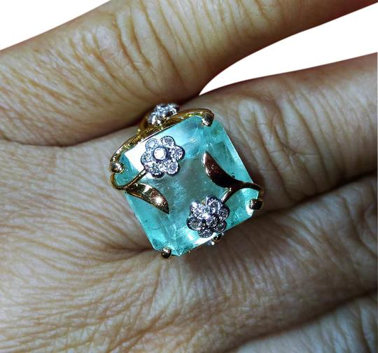 Preload https://item4.tradesy.com/images/green-saleestate-1284ct-natural-colombian-emerald-and-diamond-22k-gold-rin-ring-21566593-0-2.jpg?width=440&height=440