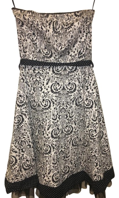 Preload https://item4.tradesy.com/images/ruby-rox-black-and-white-strapless-mid-length-short-casual-dress-size-8-m-21566828-0-2.jpg?width=400&height=650