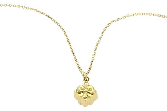 Preload https://item4.tradesy.com/images/tiffany-and-co-yellow-gold-gift-box-pendant-chain-necklace-21566968-0-2.jpg?width=440&height=440