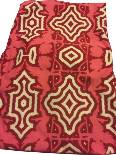 Preload https://item2.tradesy.com/images/lularoe-red-white-and-pink-background-leggings-size-os-one-size-21567211-0-2.jpg?width=400&height=650