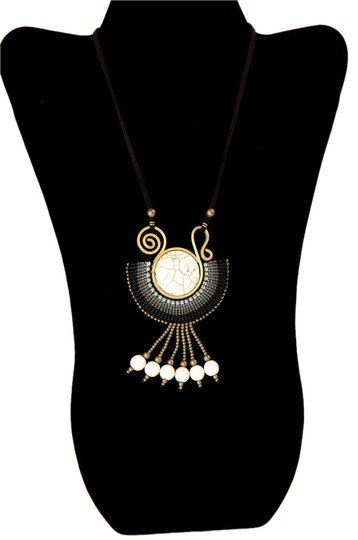 Preload https://item1.tradesy.com/images/gold-tone-and-white-black-fantasy-by-necklace-21567235-0-2.jpg?width=440&height=440