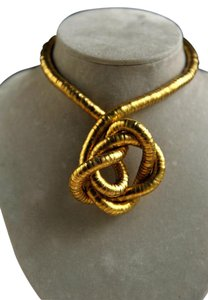 Handmade Katiuska Gold Tone Necklace
