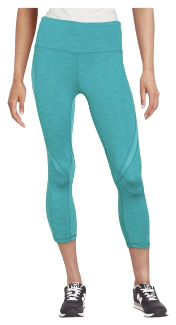 Preload https://item4.tradesy.com/images/nanette-lepore-green-cropped-workout-pants-activewear-leggings-size-8-m-29-30-21567793-0-2.jpg?width=400&height=650