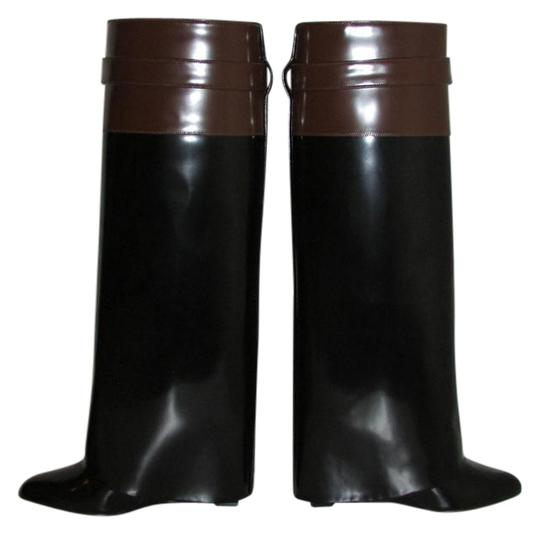 Preload https://item3.tradesy.com/images/givenchy-black-brown-glossy-leather-shark-lock-pant-leg-bootsbooties-size-us-7-regular-m-b-21567842-0-2.jpg?width=440&height=440