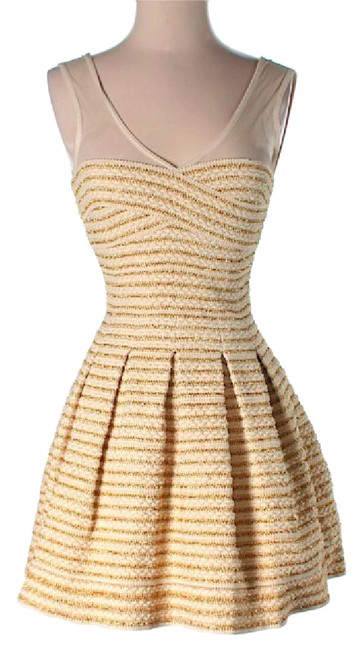 Preload https://item1.tradesy.com/images/dainty-hooligan-white-and-gold-short-casual-dress-size-4-s-21568240-0-1.jpg?width=400&height=650
