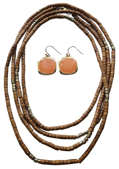Preload https://item2.tradesy.com/images/tan-faux-gold-peach-colored-stones-necklace-21568346-0-1.jpg?width=440&height=440