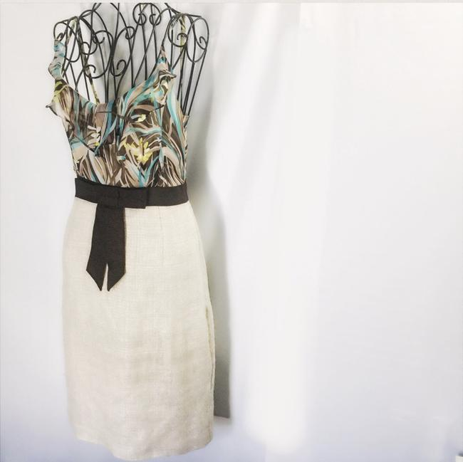 Preload https://item3.tradesy.com/images/milly-beige-casual-floral-safari-print-midi-mid-length-workoffice-dress-size-2-xs-21568402-0-2.jpg?width=400&height=650