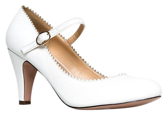 Preload https://item3.tradesy.com/images/j-adams-white-pu-honey-low-heel-mary-jane-sandals-size-us-8-regular-m-b-21568677-0-1.jpg?width=440&height=440