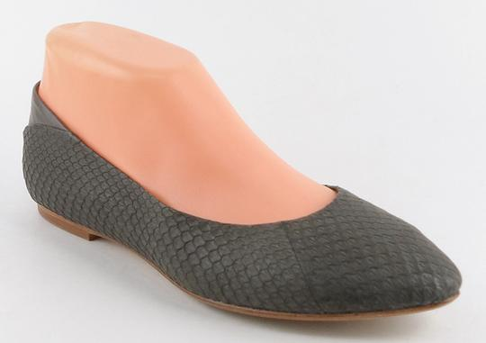 Ella Moss Snakeskin Leather Pointed Toe Comfort Gray Flats