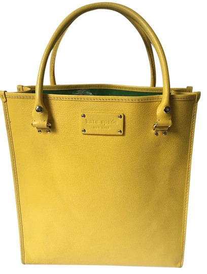 Preload https://item5.tradesy.com/images/kate-spade-shopper-yellow-leather-tote-21569139-0-1.jpg?width=440&height=440