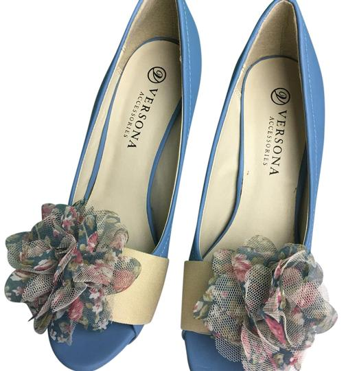 Preload https://img-static.tradesy.com/item/21569359/versona-blue-with-flower-accent-pumps-size-us-85-regular-m-b-0-1-540-540.jpg