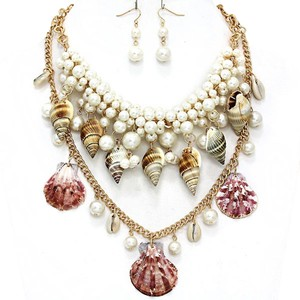Luciano Dante Seaworld Sealife Seashell Gold Tone Pearl Clustered Double Necklace And Earring