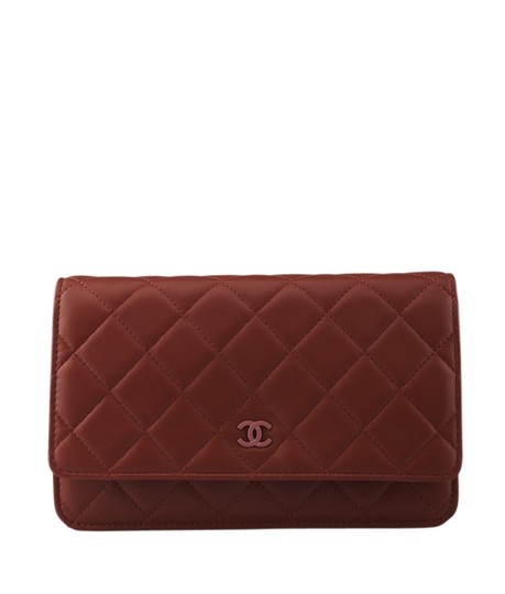 Preload https://item1.tradesy.com/images/chanel-wallet-on-chain-quilted-127649-red-leather-shoulder-bag-21569900-0-0.jpg?width=440&height=440