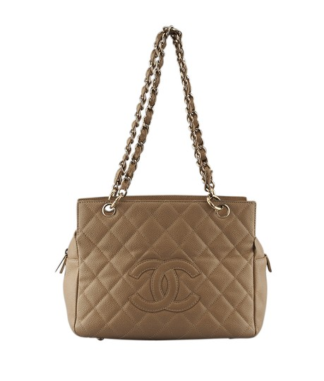 Preload https://item1.tradesy.com/images/chanel-camera-caviar-quilted-127666-tan-leather-shoulder-bag-21570000-0-0.jpg?width=440&height=440
