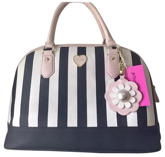 Preload https://img-static.tradesy.com/item/21570336/betsey-johnson-large-dome-satchel-stripe-multicolor-faux-leather-tote-0-1-540-540.jpg