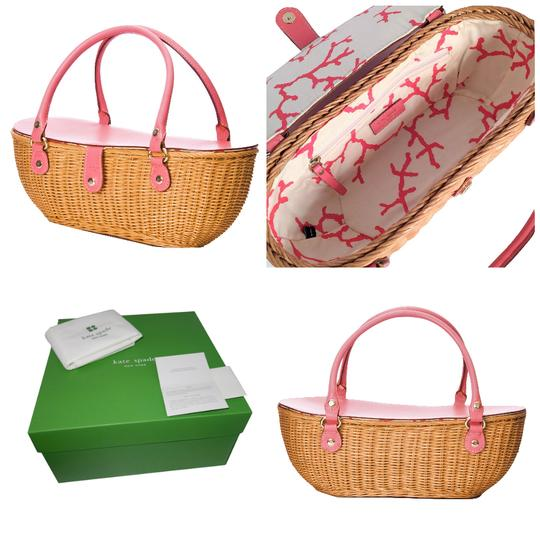 Preload https://item3.tradesy.com/images/kate-spade-new-from-her-spring-2005-collection-wicker-straw-tote-21570422-0-7.jpg?width=440&height=440