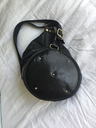 Preload https://item3.tradesy.com/images/marino-orlandi-black-leather-shoulder-bag-21570957-0-4.jpg?width=440&height=440