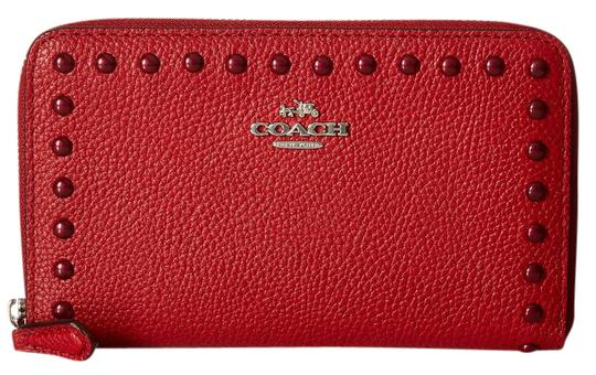Preload https://item3.tradesy.com/images/coach-lacquer-rivets-medium-zip-around-wallet-red-currant-leather-clutch-21570982-0-1.jpg?width=440&height=440
