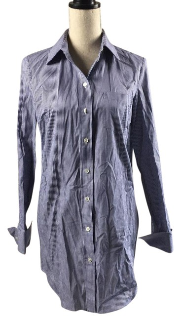 Preload https://item2.tradesy.com/images/michael-kors-navy-and-white-pattern-kde312a-button-down-top-size-4-s-21571176-0-1.jpg?width=400&height=650