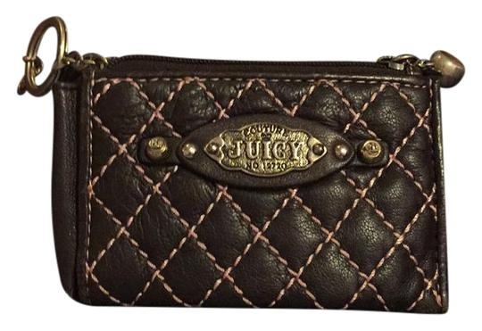 Preload https://img-static.tradesy.com/item/21571214/juicy-couture-brown-quilted-wallet-0-1-540-540.jpg
