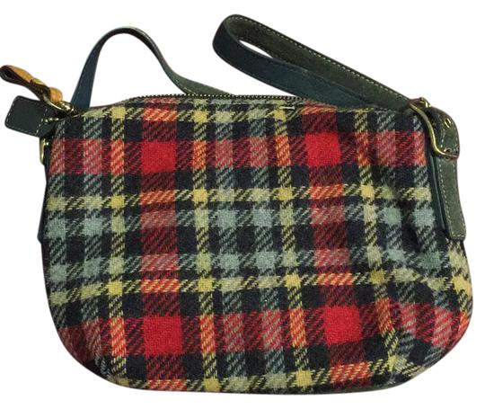 Preload https://item1.tradesy.com/images/coach-plaid-multicolor-baguette-21571320-0-1.jpg?width=440&height=440