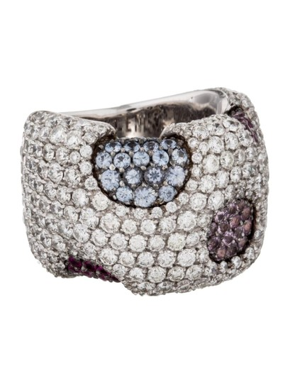 Preload https://img-static.tradesy.com/item/21571346/white-gold-18k-diamond-and-sapphire-band-size-725-ring-0-0-540-540.jpg
