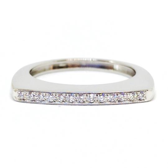 FRED 18K White Gold Diamond Mini Success Ring