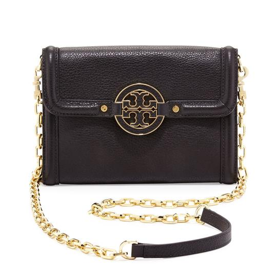 Preload https://item2.tradesy.com/images/tory-burch-amanda-chain-crossbody-wallet-royal-tan-leather-clutch-21571671-0-0.jpg?width=440&height=440