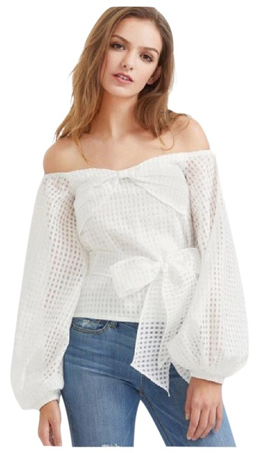 Preload https://item5.tradesy.com/images/white-weave-puff-sleeve-bow-da33-blouse-size-8-m-21571984-0-1.jpg?width=400&height=650