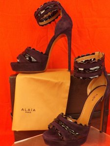ALAÏA Violet/Black Sandals