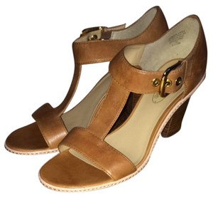 Circa Joan & David Brown Sandals
