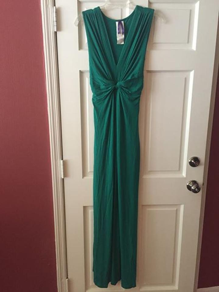 fe92dc5188f312 Séraphine Emerald Knot Front Maternity Maxi Dress Image 2. 123