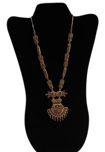 Handmade Saphire stone encrusted in an ethnic statement necklace