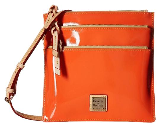 Preload https://item5.tradesy.com/images/dooney-and-bourke-adorable-over-the-shoulder-orange-cross-body-bag-21572869-0-1.jpg?width=440&height=440