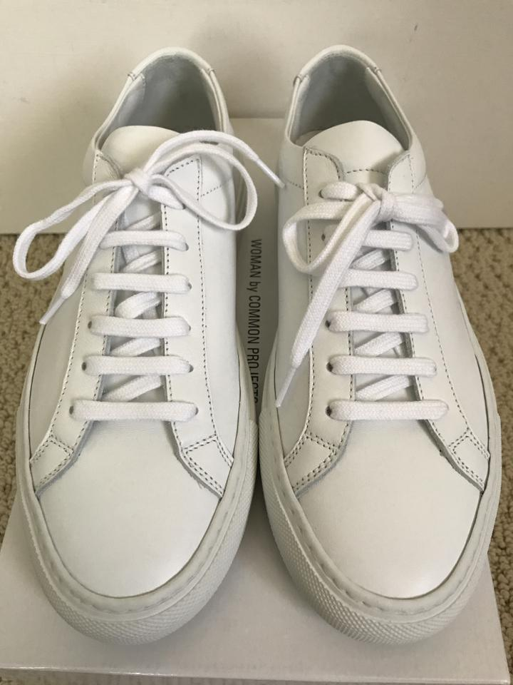 common projects woman by achilles low sneakers white athletic shoes on sale 27 off athletic. Black Bedroom Furniture Sets. Home Design Ideas