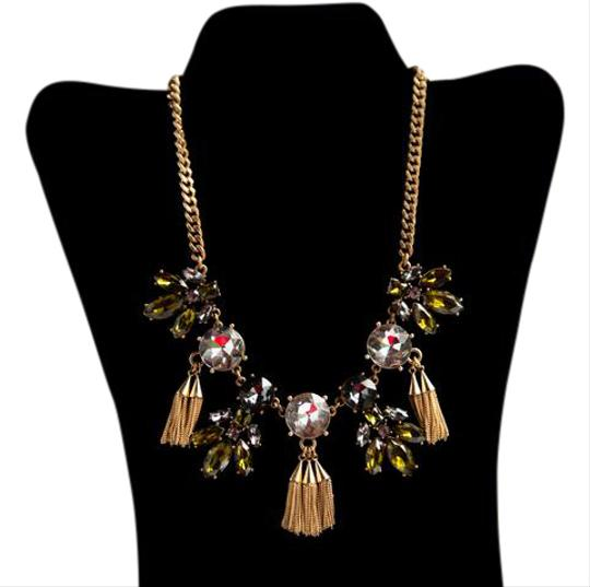 Preload https://img-static.tradesy.com/item/21573274/ann-taylor-green-gold-tone-clear-and-necklace-0-1-540-540.jpg