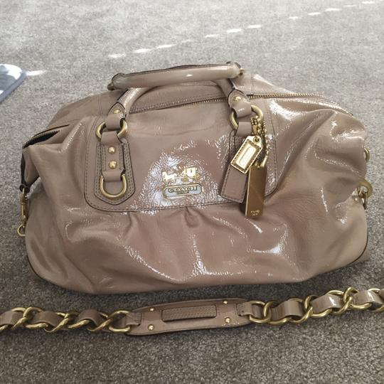 Coach Patent Leather Nude Shoulder Satchel in Camel Image 4