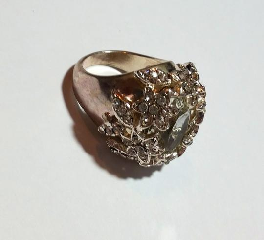 New New Silver Tone Flower Crystal Ring Size 9 Chunky Statement Ring J3438