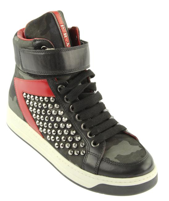 Item - Green Camoflouge Studded High Top Hidden Wedge Sneakers Size EU 35.5 (Approx. US 5.5) Regular (M, B)