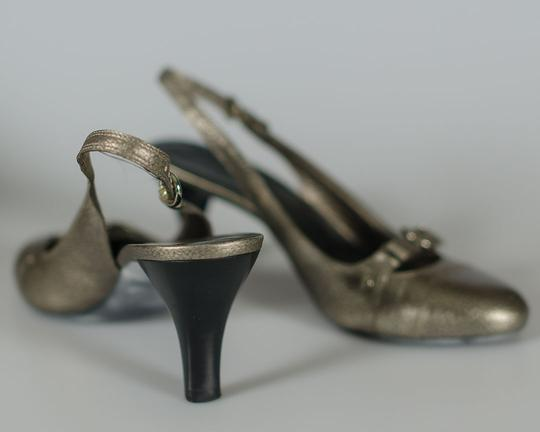 Cole Haan Pewter Pumps